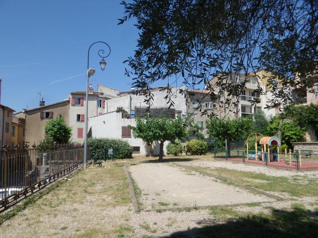 meuble-tourisme-location-vacances-lorgues-var-paca-provence